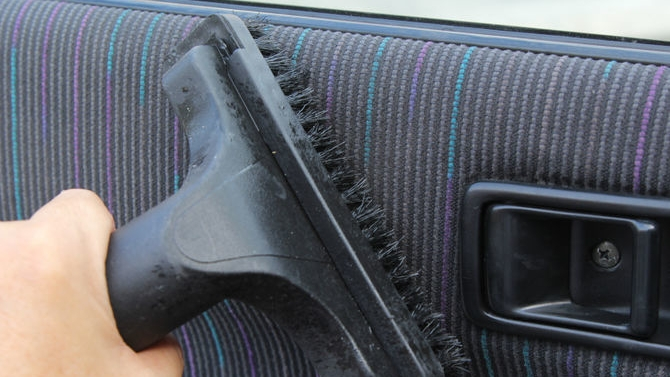 How to clean car interior – Fabric upholstery